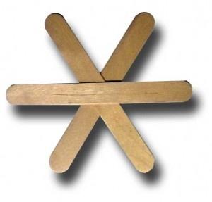 снежинка из деревянных палочек от мороженного